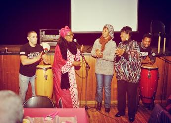 Culturele activiteit van vrouwenorganisatie Almanar